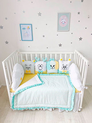 Lawn Animals | Crib Bedding Set