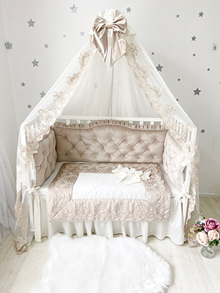 De Luxe | Crib Bedding Set